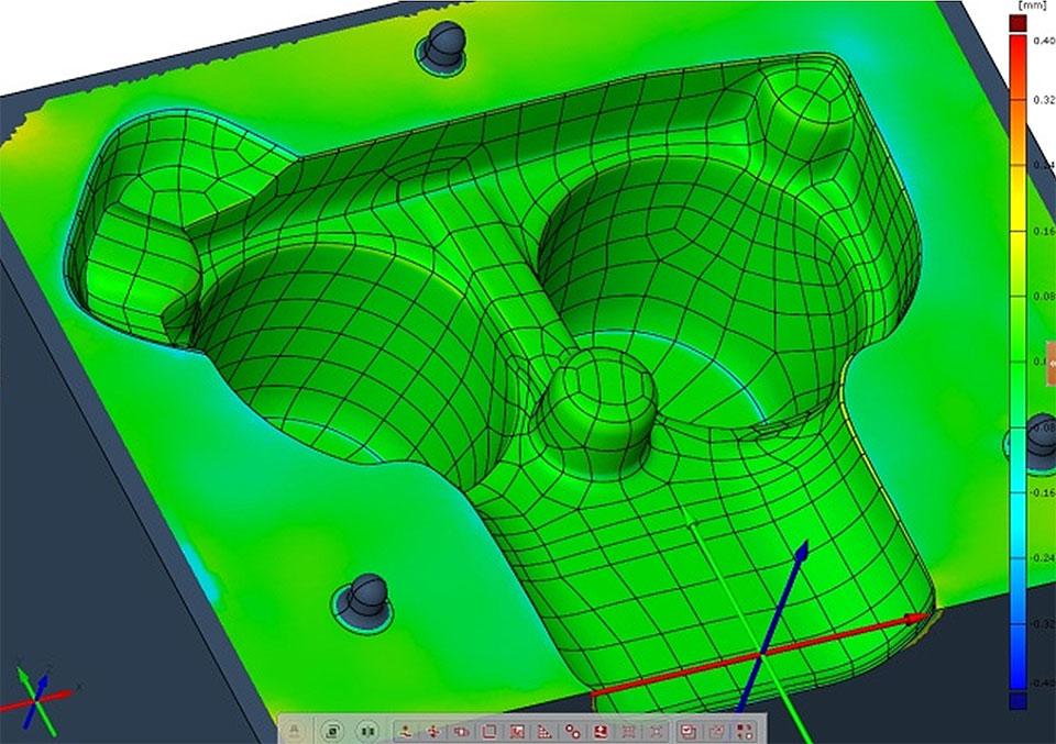 Odstupanje druge polovine kalupa od CAD modela